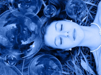 5 Ways Flotation Therapy in a Sensory Deprivation Chamber Can Help Your Health