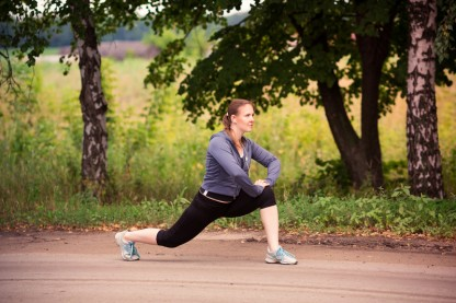 The 6 Most Essential Running Stretches & Strength Exercises for Runners