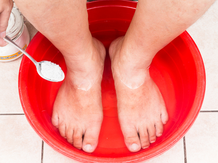 6 Top Home Remedies For Toenail Fungus