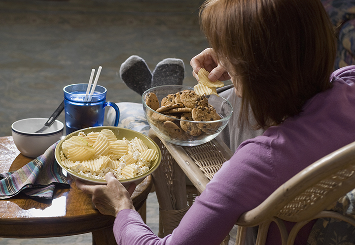 Junk Food Effects: Stay Away from These 6 Foods and