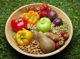 Paleo Diet Benefits May Exceed Even Those of a Mediterranean Diet