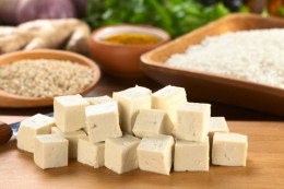 Top 3 Calcium-Rich Foods Based on Nutrient Density for Natural Osteoporosis Treatment