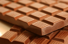 Chocolate Benefits for Your Brain: Improves Memory and Mood
