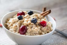 Does Oatmeal Lower Cholesterol? Oats Are One of The Best Foods To Lower Cholesterol