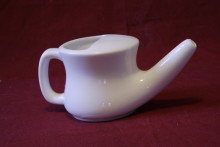How to Use a Neti Pot to Stop Runny Nose