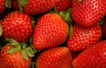 Eat Strawberries to Lower Cholesterol Naturally