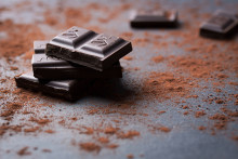 Is Dark Chocolate Healthy? 5 Reasons to Indulge Your Sweet Tooth