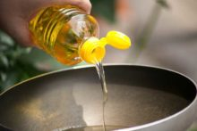 Oxidized Cholesterol & Vegetable Oils Identified as the Main Cause of Heart Disease