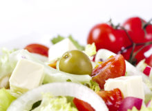 Mediterranean Diet Benefits: 9 Delicious Reasons to Adopt This Healthy Eating Pattern