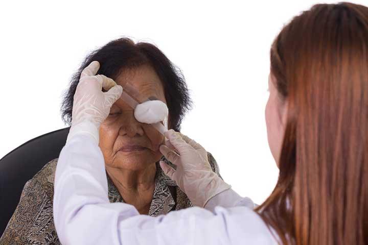 symptoms of detached retina