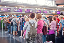 agoraphobia and crowded airport