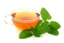 lemon balm may have health benefits