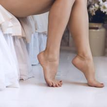 what causes leg cramps