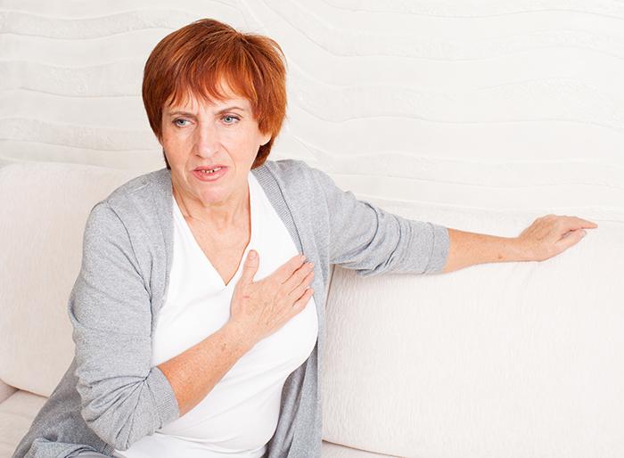 women heart attack symptoms